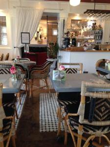 cafe cannon beach hotel